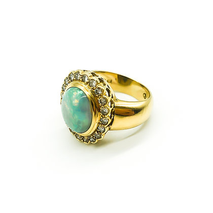 18ct Gold Peter Gilder Ring with Opal and Diamonds (Sold)