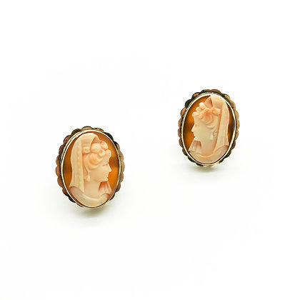 9ct Gold Cameo Stud Earrings