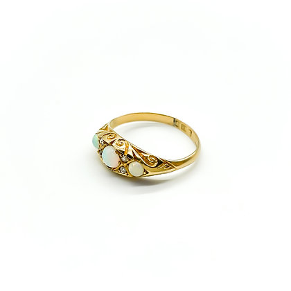 18ct Gold Edwardian Opal and Diamond Ring