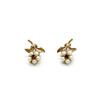 9ct Gold Vintage Pearl and Garnet Clip On Earrings.