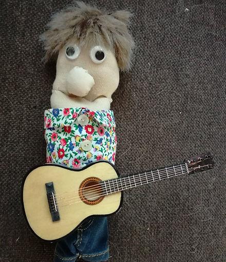 Sölnman med sin gitarr