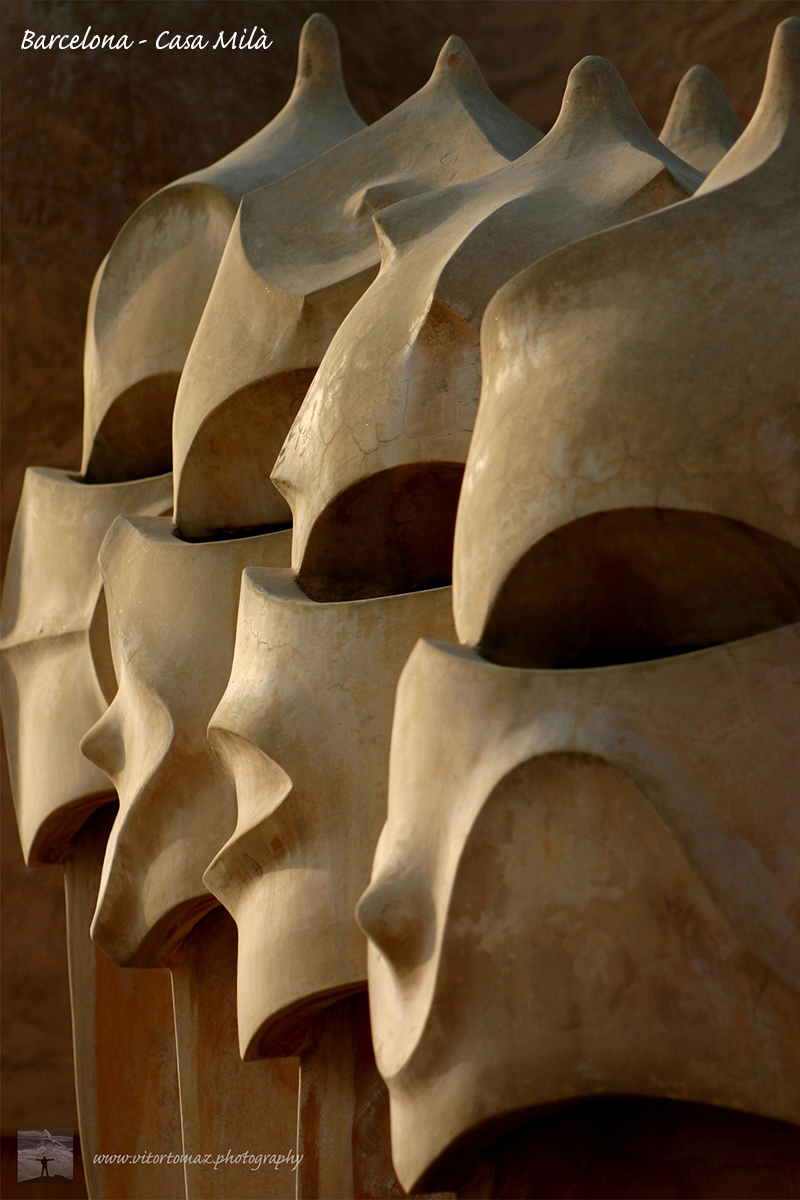2004_Barcelona-Casa_Milà_2_rz
