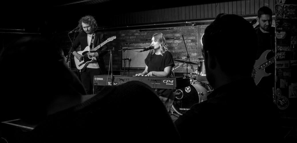 O'Neill's Live Music Venue Watford With Band: Lunasun