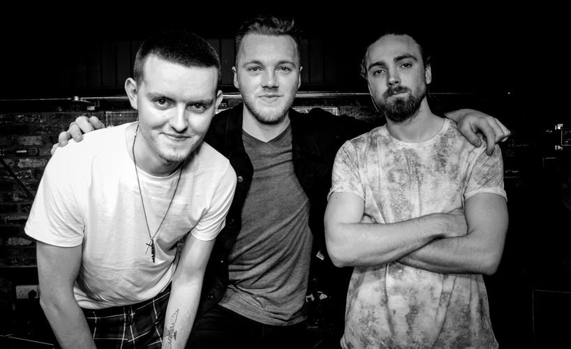 O'Neill's Live Music Venue Watford with Band: SINKA