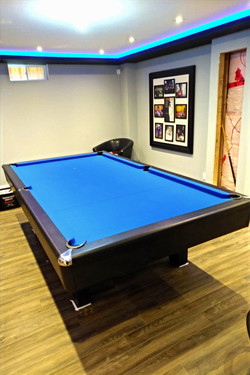 Home pool table