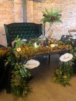 inspire-mad hatter tea party head table.