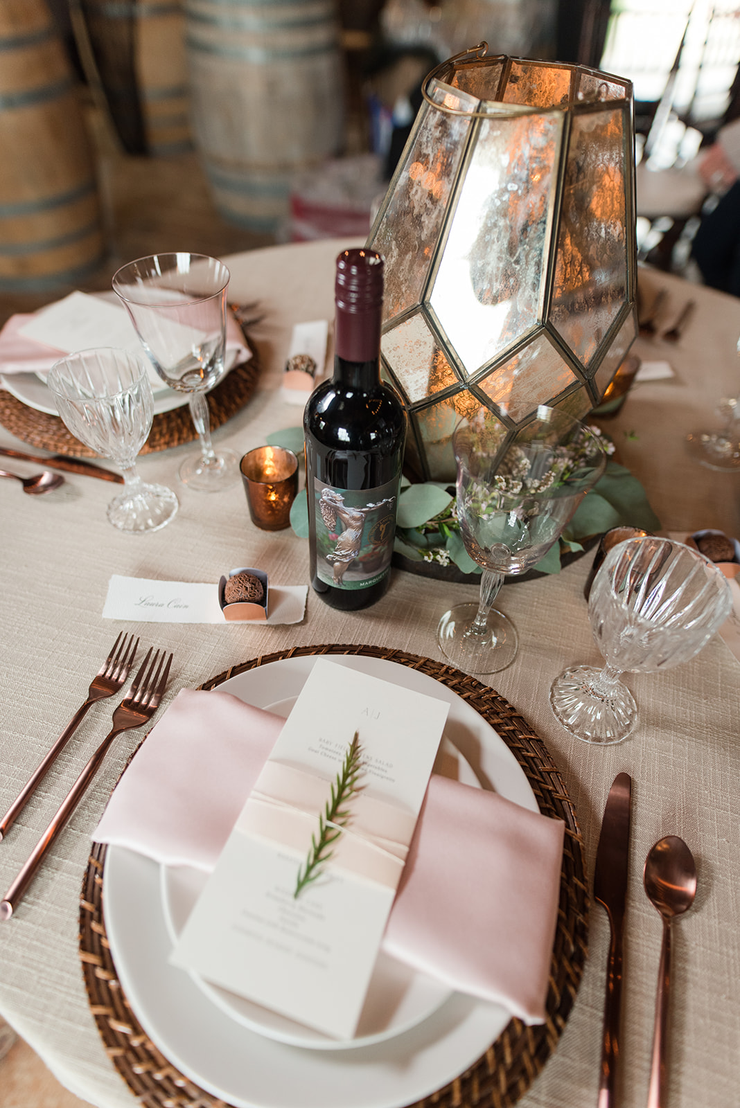 Formal table Rustic setting