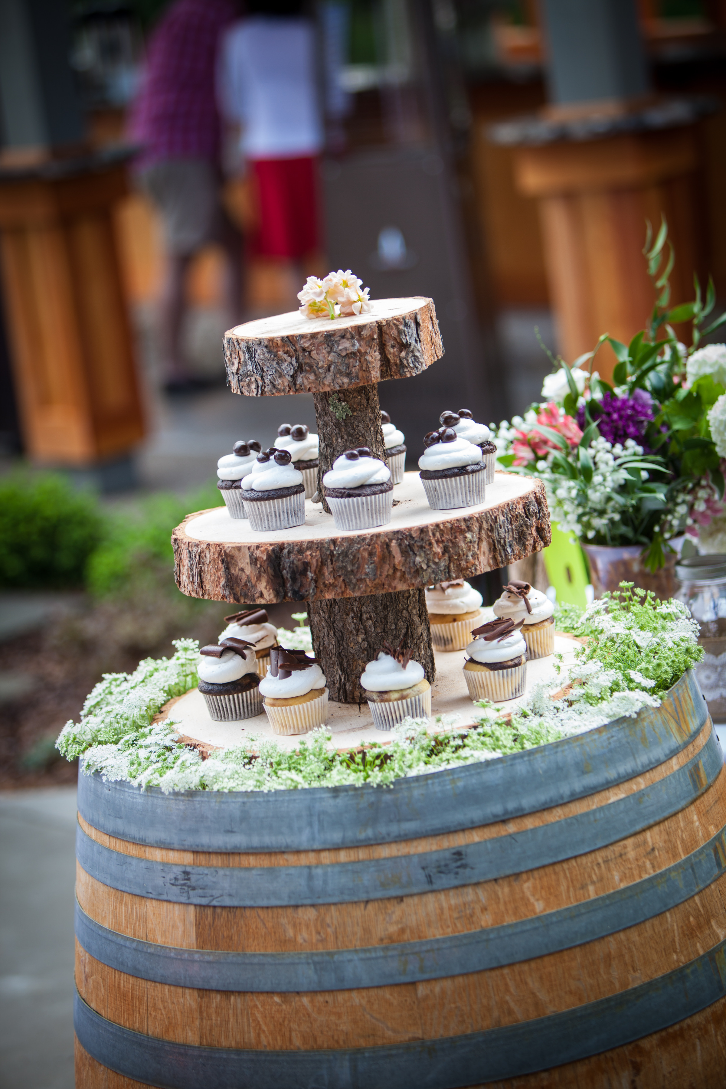 Birch cupcake display, natural beauty