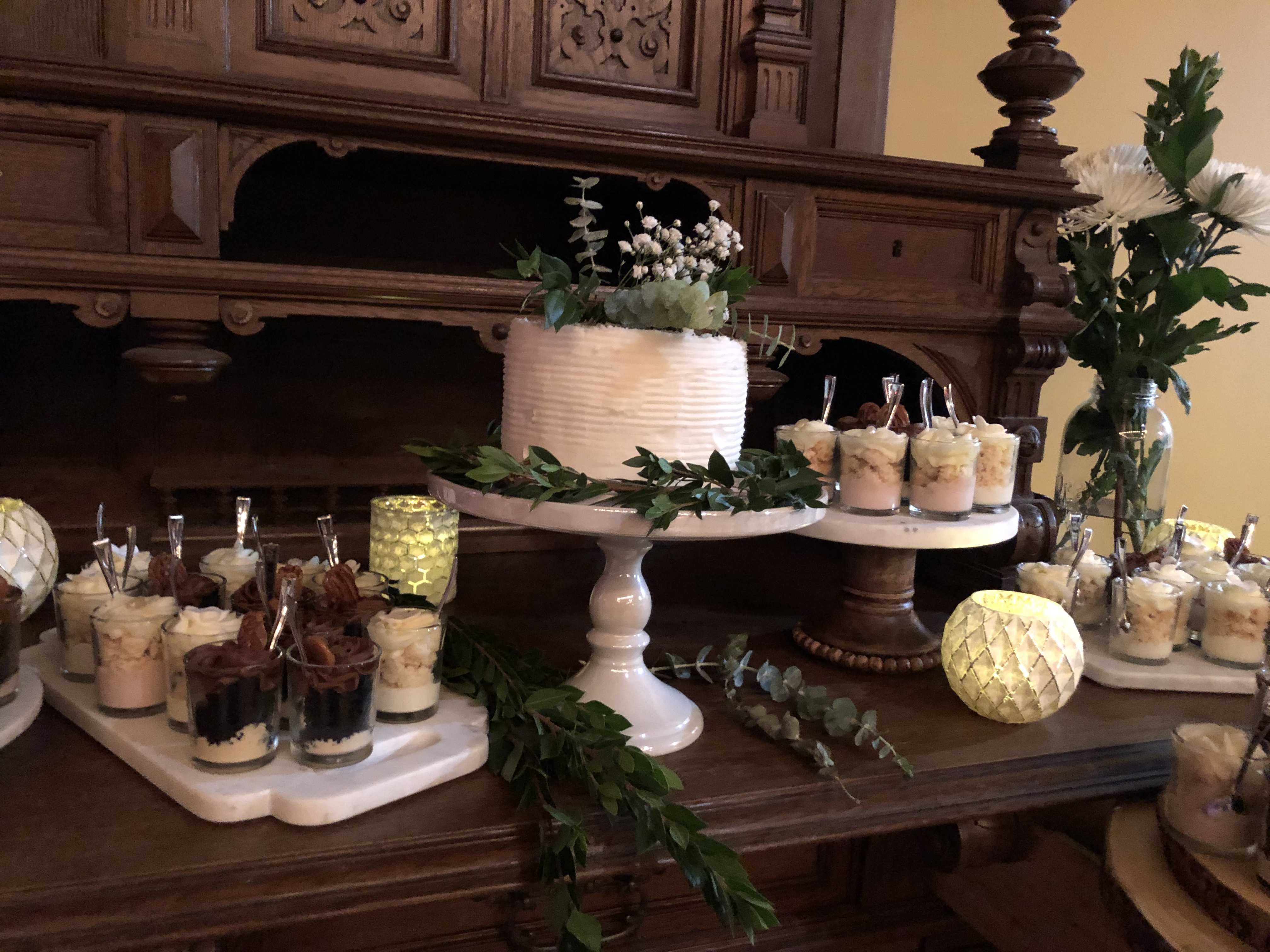 Vintage Boho Dessert Table.jpg
