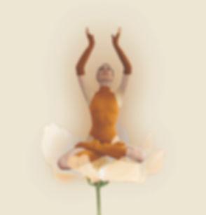 cati%20gold%20flower_edited.jpg