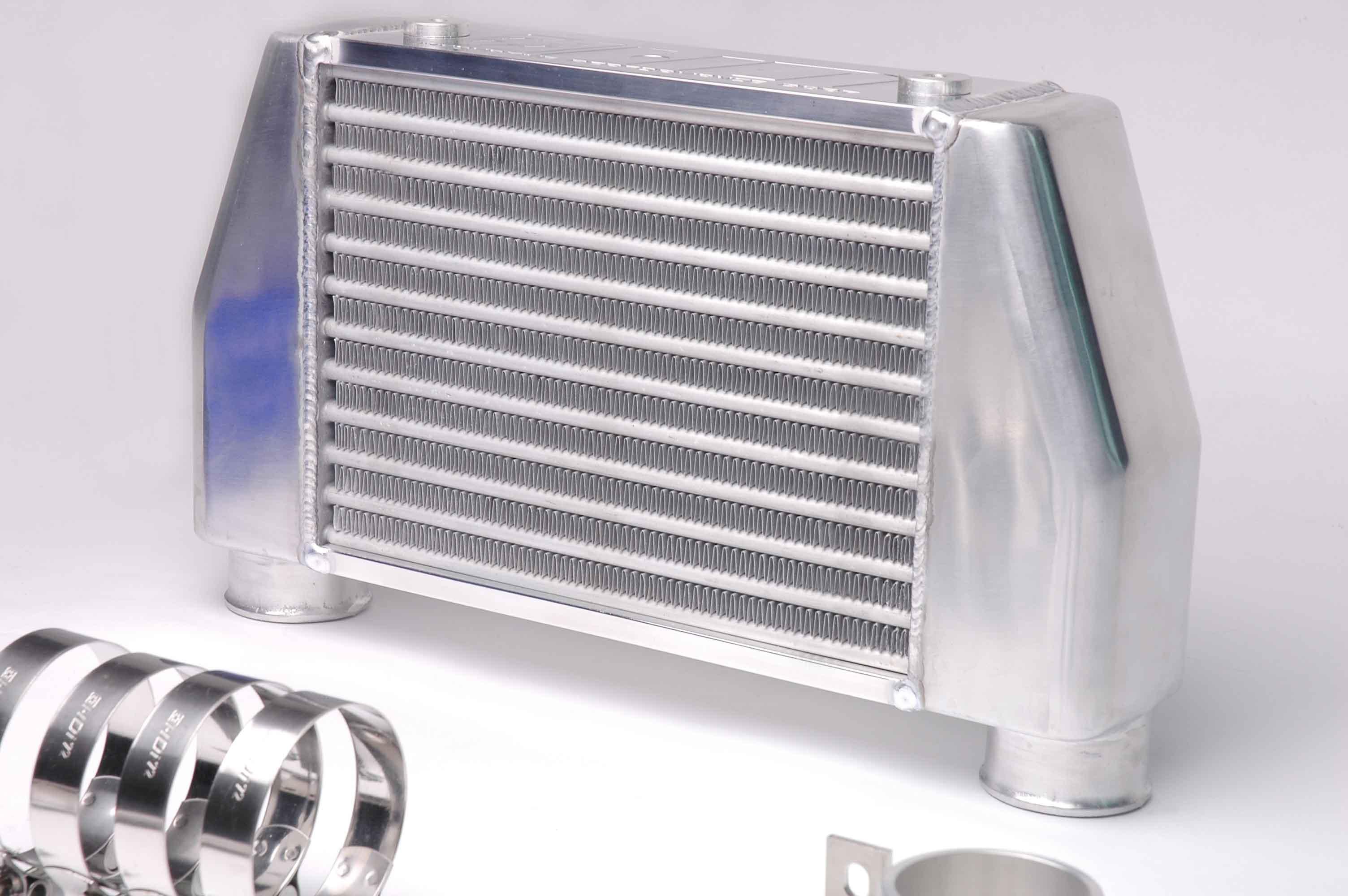 HDi Hiace GT2 Intercooler Kit3.JPG
