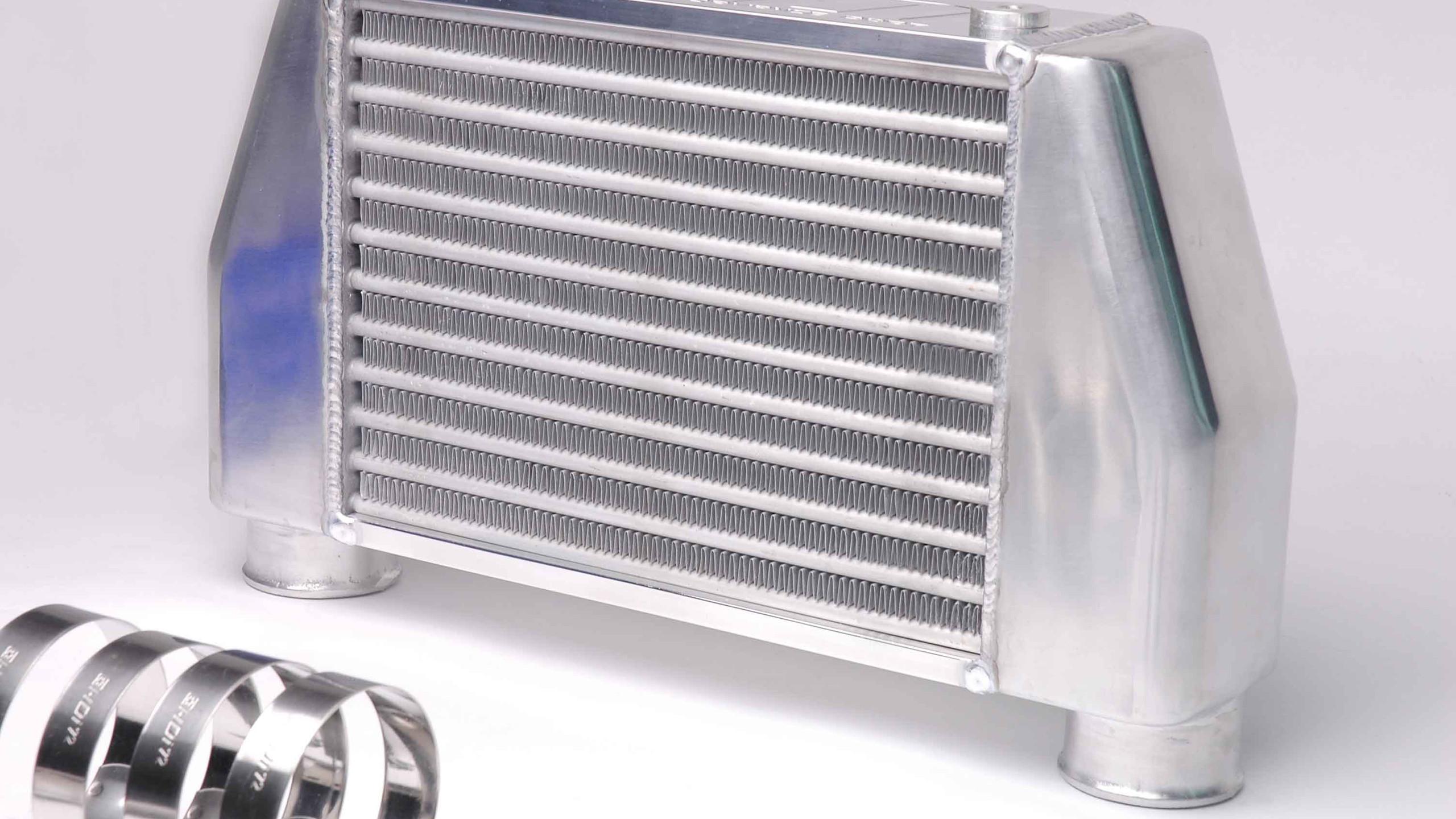 HDi Hiace GT2 Intercooler Kit3