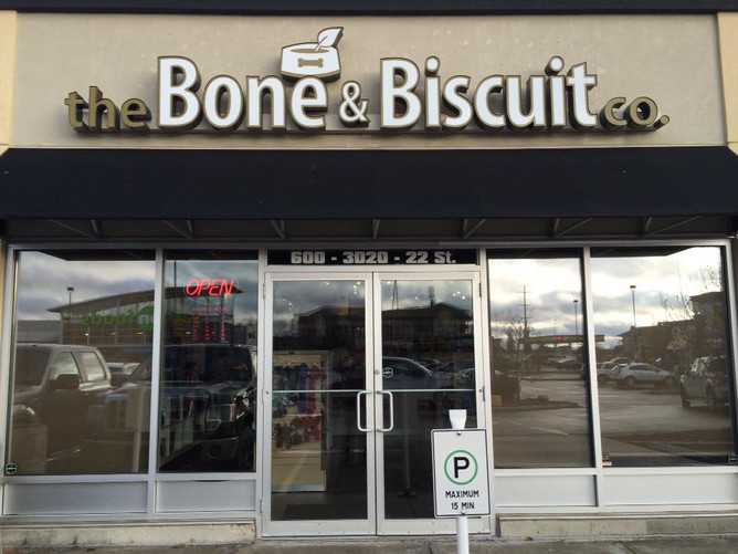 Bone & Biscuit - Leduc