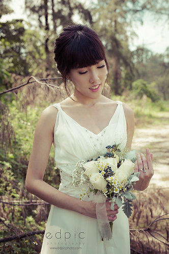 Simple Rose Bridal Bouquet
