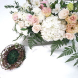 Solemnization table floral design x Ring