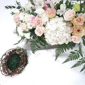 Solemnization table floral design x Ring