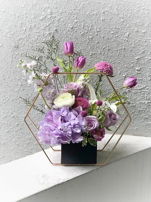 Hexagon Vase arrangement - Fresh Flowers