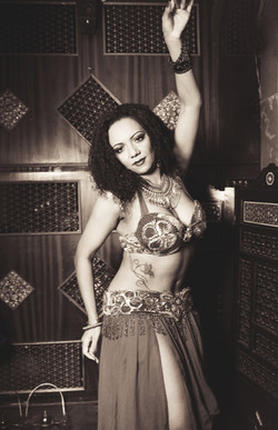 Professional belly dancers in Dublin