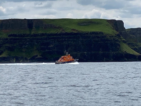 Portrush RNLI launched to reports of an injured teenager near Ballintoy Harbour