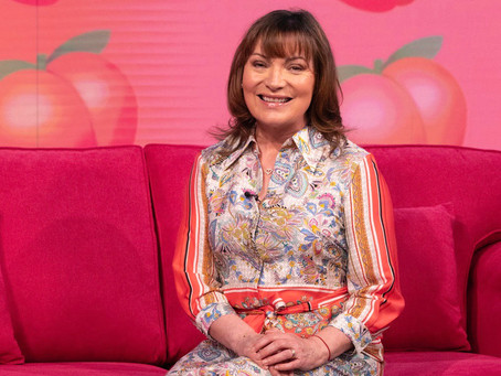 Lorraine launches 'NO BUTTS' campaign to raise awareness about bowel cancer