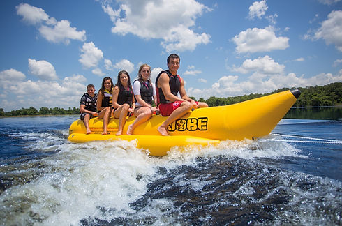watersled-towable-5p-action-1-320512001.