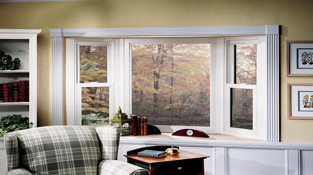 окно покрашенное белой краской