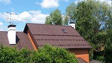 крыша из металлочерепицы покрашена резин