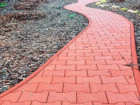 тротуар покрашенный резиновой краской