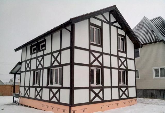 покрашенный дом из ОСБ  резиновой краской супер декор в белоснежный цвет