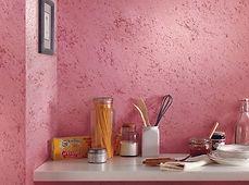 выкрас фактурной краски на стене