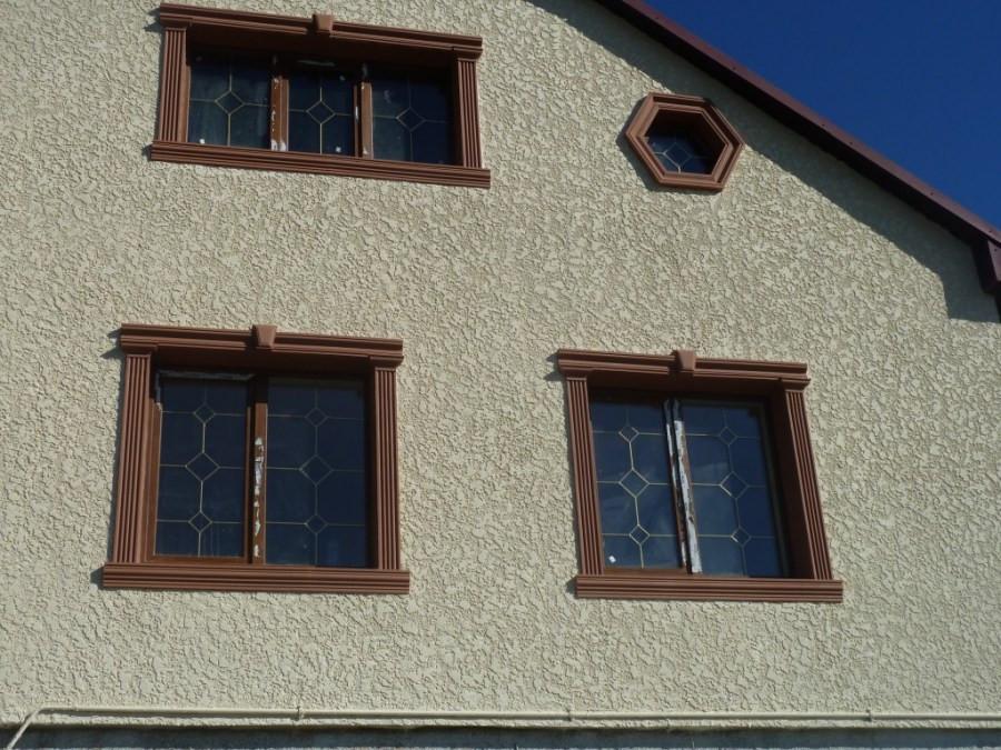 покрашенный дом из короеда резиновой краской супер декор