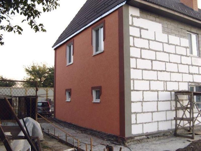 резиновая краска super decor rubber  на пенобетоне стены дома