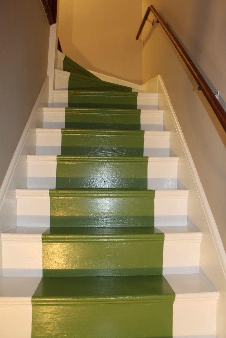 лестница покрашена резиновой краской супер декор