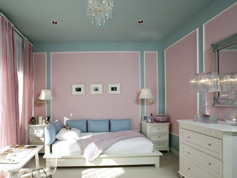 покрасили спальню резиновой краской