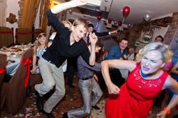 Когда мы в клубе - гости танцуют! Отличные ребята! Отличныеребята.рф. Профессиональная организация свадьбы в Томске. Ведущий на свадьбу Томск
