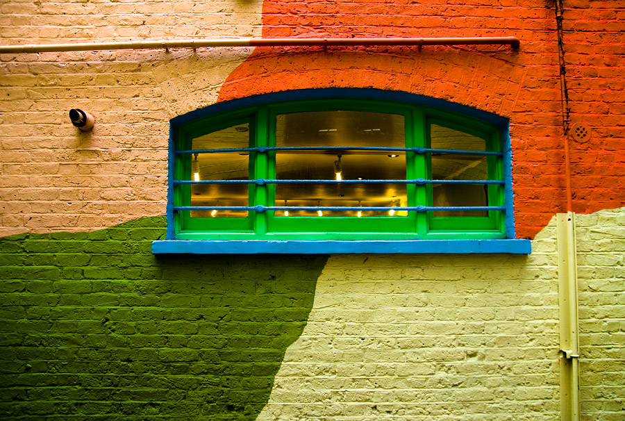 Window pipes and color