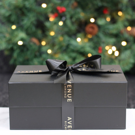 Gift set presented in a stunning box with ribbon