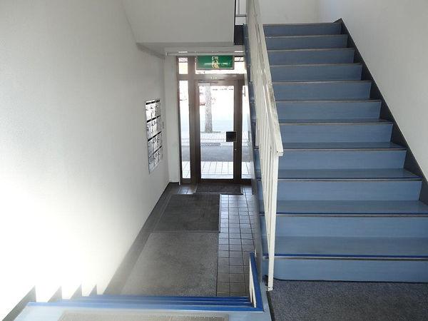 1階階段.jpg