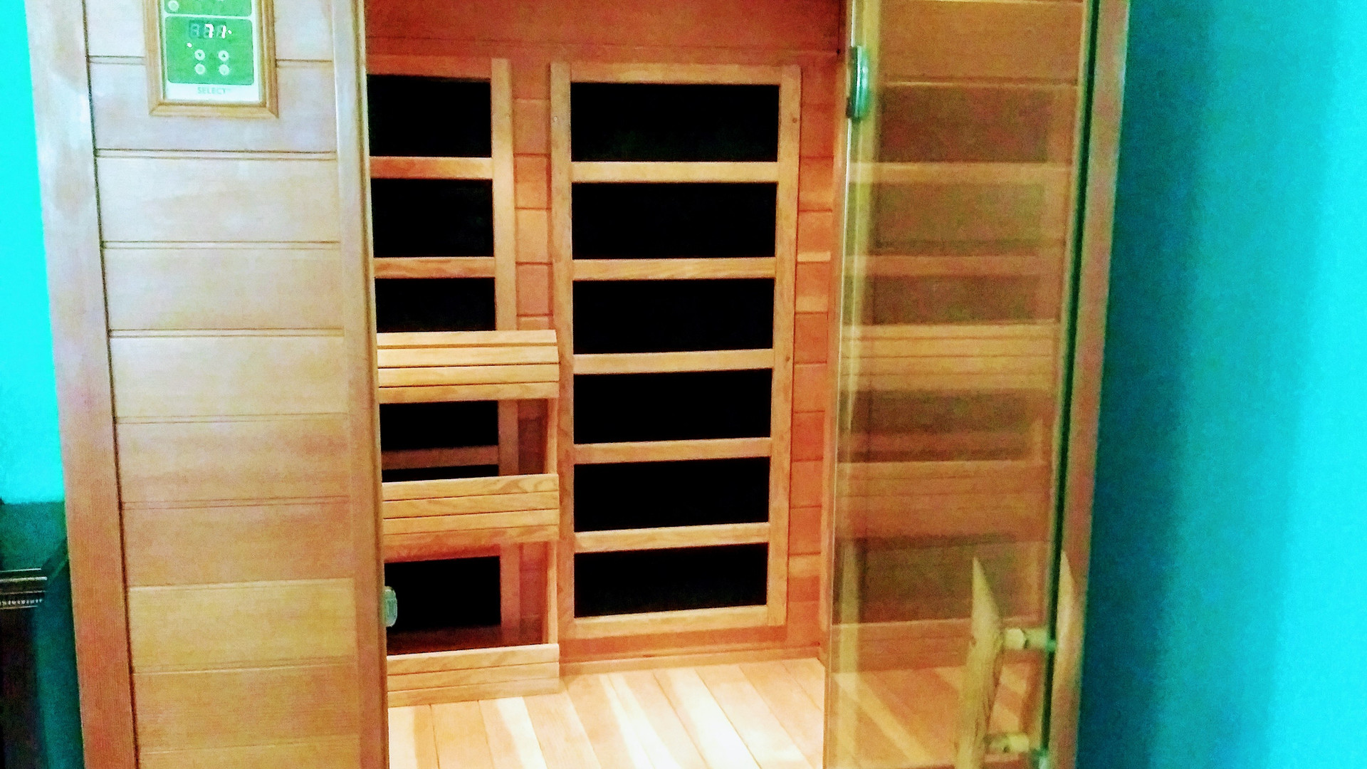 Master Bedroom Sauna