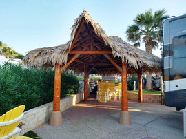 Palapa with Synthetic Thatch