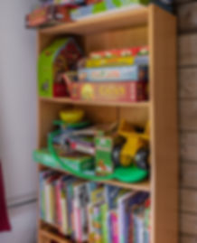 Toys and books, kids bedroom, Gingerbread Huis