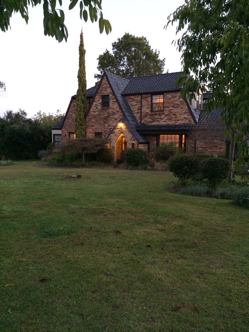 Arcadia Tudor Farmhouse