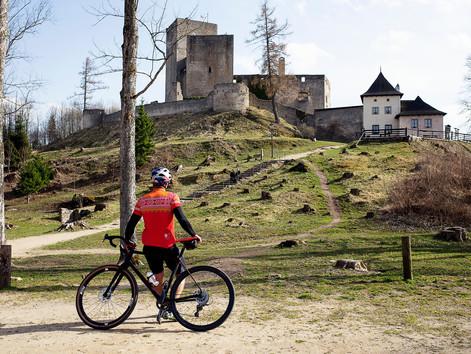 Soutěž s námi a vyhraj účast včetně zapůjčení kola na GRAVEL BLINDURO v České Kanadě!