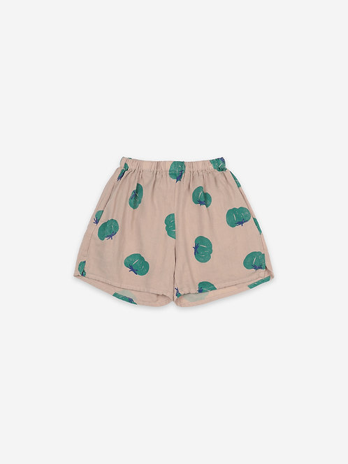 Tomatoes all over woven shorts