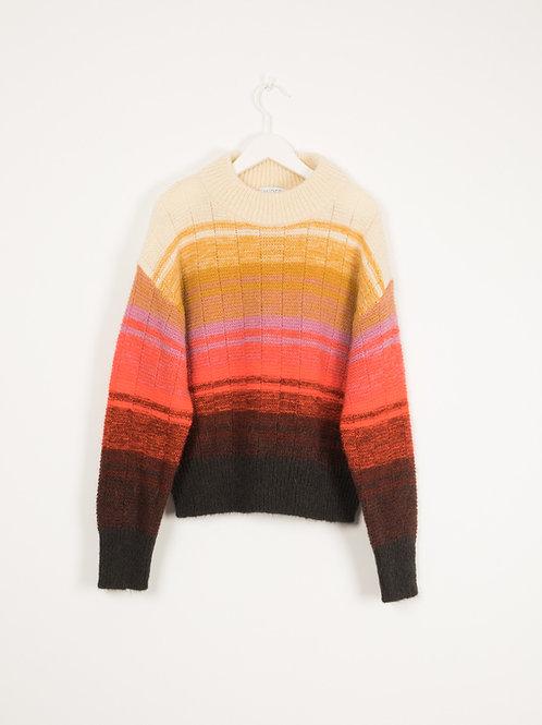 Irreal sweater