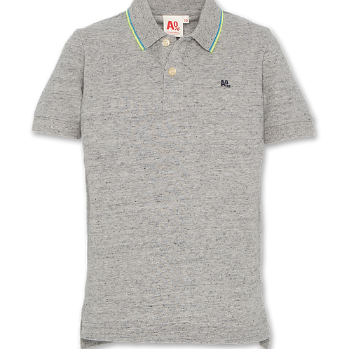 T-shirt polo logo
