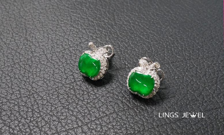 Apple jade ear ring.jpg