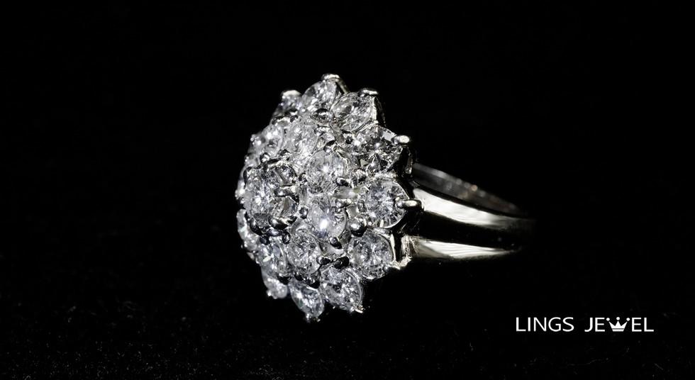 Flower shape diamond Ring 2.jpg