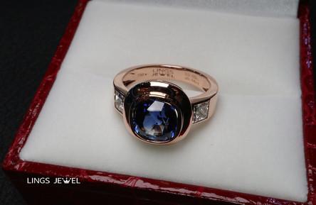 3.6 ct GRS Royal Blue Sapphire ring.jpg