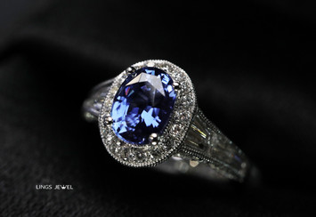 Royal Blue sapphire Ring 2.jpg